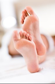 Examining Causes of Toenail Fungus in Sugar Land